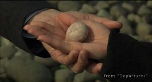 Photo 7: Daigo gives a stone letter to Mika